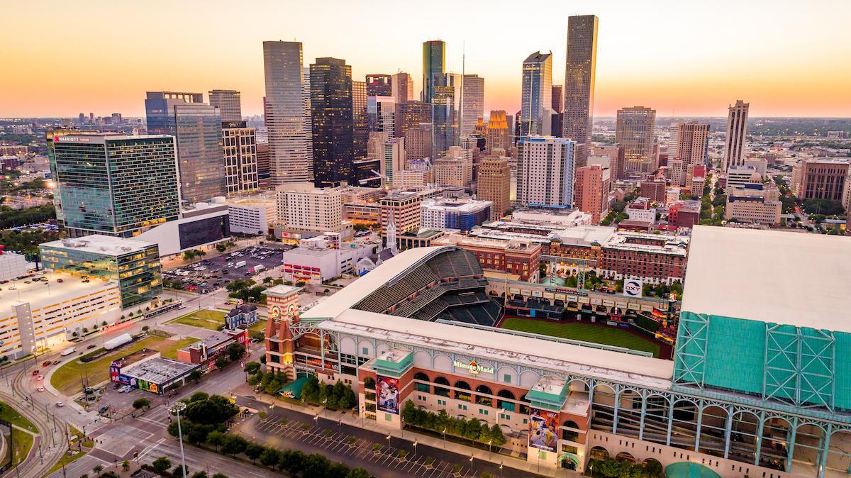 Houston luxury apartment finder